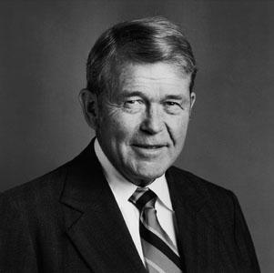 Bill Hewlett fundador HP - Líder autocrático - Selvv
