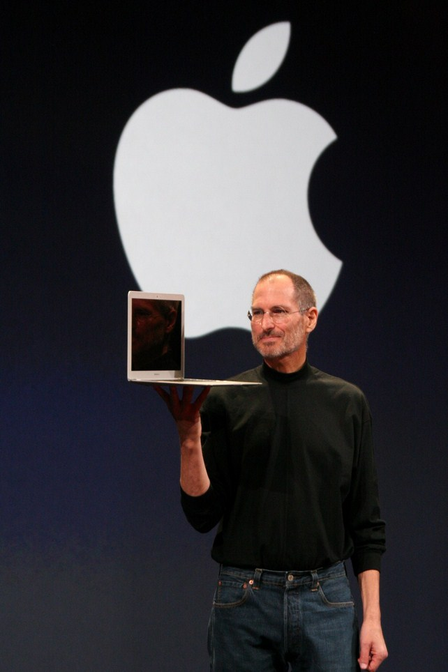 Steve Jobs - Líder autocrático - Selvv